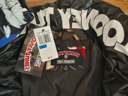LOONEY TUNES JACKET SIZE